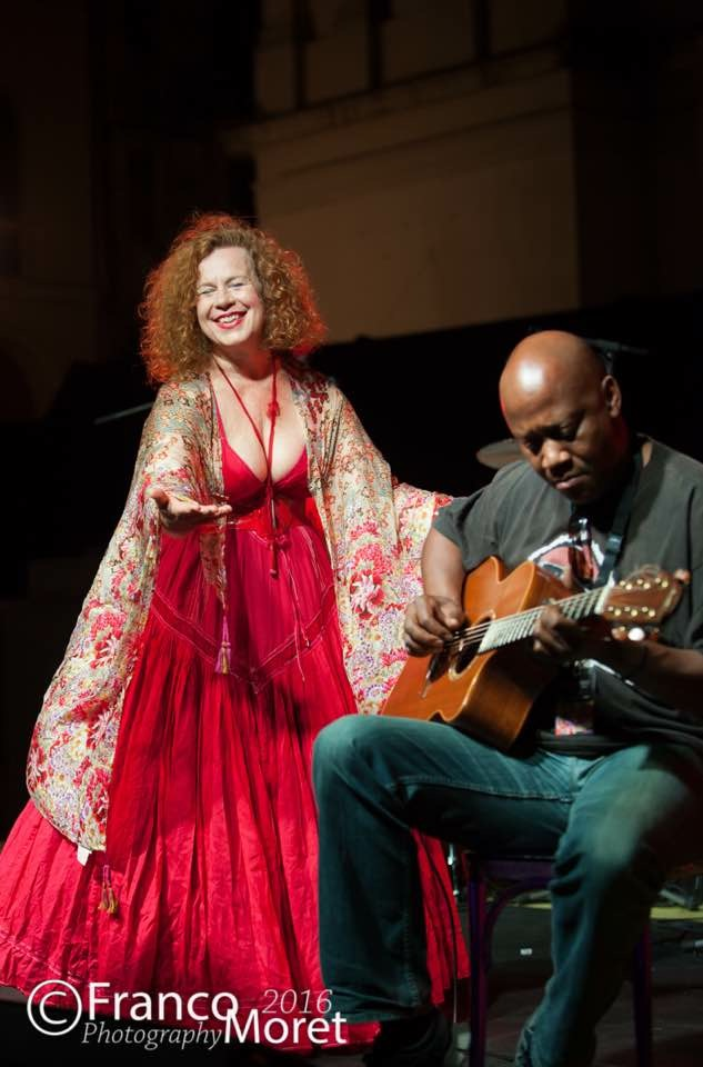 Sarah Jane Morris & Tony Remy with the Maxima Orchestra